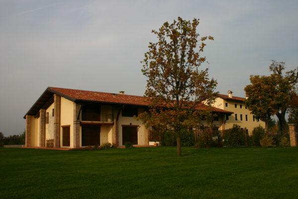 """Condominio """"Residenza i Caprioli"""" Viale Ferrarin, 155 - 36100 Vicenza"""