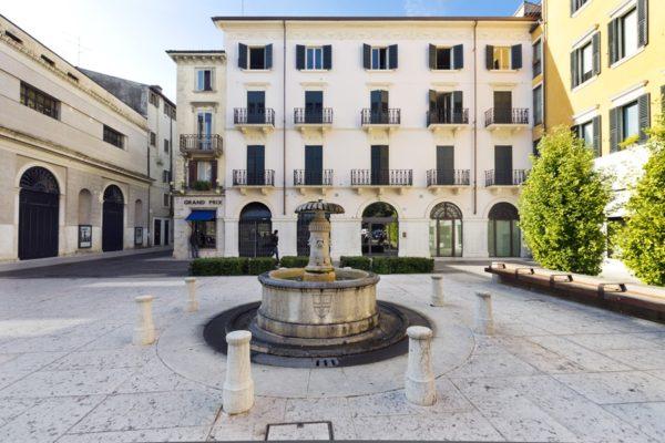 Palazzina in Piazzetta Navona, 6-8 – 37121 Verona (VR)