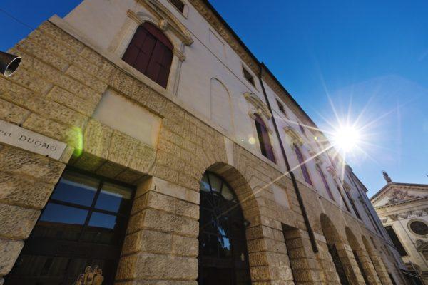 Palazzo delle Opere Sociali Piazza Duomo, 2 – 36100 Vicenza
